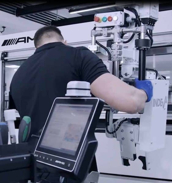 intelligent device for handling  parts in a car factory- AMG