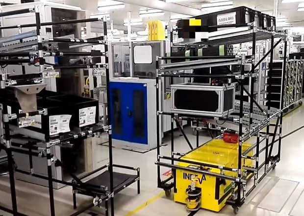 Tunnel AGV в автомобильной промышленности